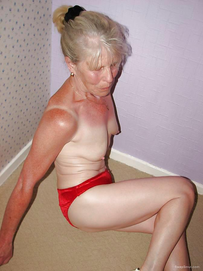 Sexy grandma nude photos